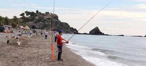 El granadino Iván Rodríguez triunfó en el VI Certamen de Pesca 'Ciudad de Almuñécar'