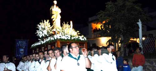 La procesión de la Virgen Madre puso el broche final a las Fiestas de la Chirimoya