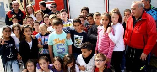 Los Cuerpos de Seguridad de Motril ofrecen una charla sobre autoprotección a alumnos del colegio público San Antonio