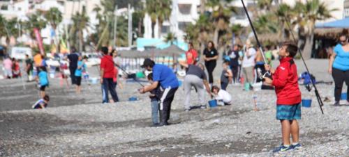 Sánchez de la Monja y López Gracia ganaron el III Certamen de Pesca Infantil en La Herradura