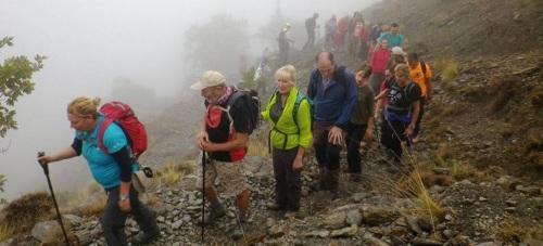 Una treintena de senderistas sexitanos recorrieron la Alpujarra entre Capileria y Cañar