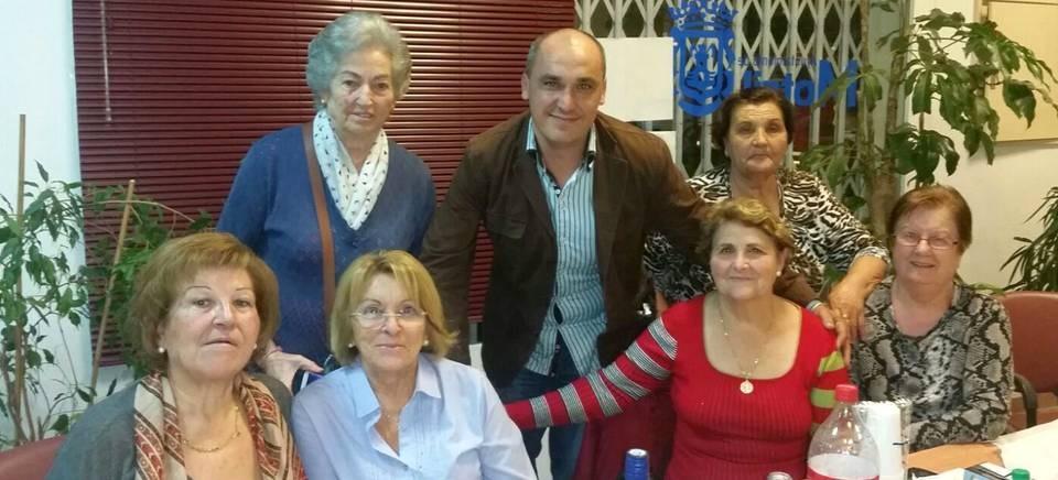 El concejal de Servivios Sociales Castañadas en el Centro de Mayores Las Angustias