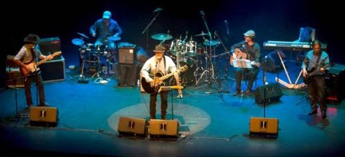 El grupo Harly Daniels presenta en Almuñécar el espectáculo 'A todo country'
