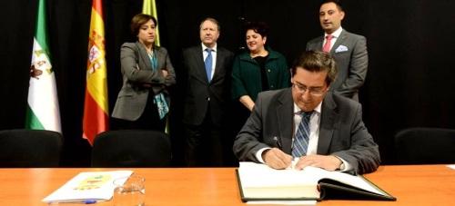 Entrena 'Esta Diputación va a garantizar que los servicios públicos llegan a todos, en igualdad y sin exclusiones'