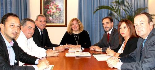 La alcaldesa destaca la buena sintonía entre Ayuntamiento, Junta y Puerto para impulsar el desarrollo de Motril