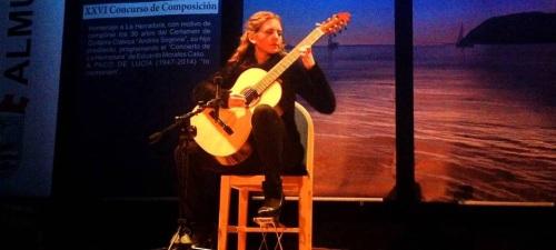 La guitarrista Mabel Millán actuará el lunes en Almuñécar