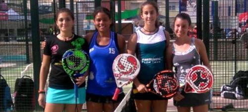 La  sexitana Helga García Ortuño se proclama campeona de Andalucía de pádel en la categoría cadete