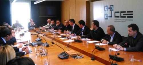 Luis Salvador propone una nueva forma de hacer política que gestione mejor lo público, cree riqueza y genere más empleo