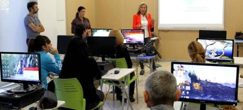 María Ángeles Escámez clausura los cursos y jornadas de sensibilización de la iniciativa 'Andalucía Compromiso Digital'