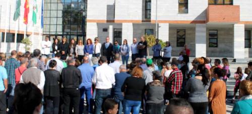 Salobreña muestra su solidaridad y dolor por los atentados de París