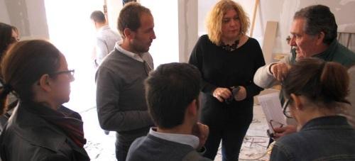 Visita de la alcaldesa de Motril, Flor Almón, a la nueva 'Mediateca' del Varadero