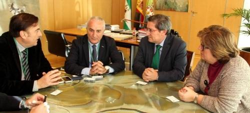 Abdelhafid Al Jarroudi visita la sede de la Diputación de Granada
