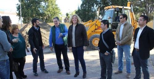 Comienzan las obras de la pista polideportiva de Santa Adela, que se rehabilitará por completo gracias al Plan Urban
