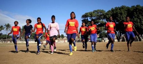 Diputación acoge a un equipo de fútbol femenino de Madagascar