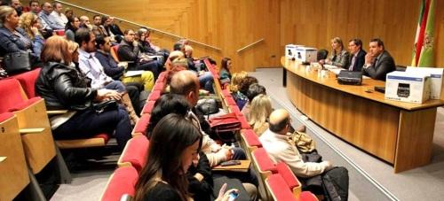 Diputación entrega material informático a los municipios para avanzar en la administración electrónica3