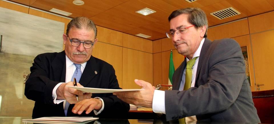 Diputación y Colegio de Abogados renuevan el convenio que regula la Oficina de Intermediación Hipotecaria