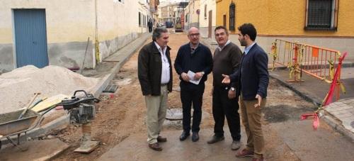 Las obras de la calle Padre Vázquez Alfaya modernizan las redes de saneamiento y abastecimiento en la zona