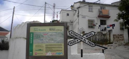 Senderistas sexitanos recorrerán la ruta entre el Boquete Zafarraya y Baños de Vilo
