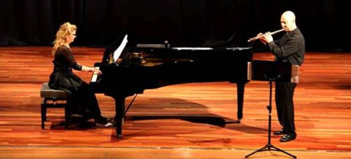 El Dúo Mima ofreció un bello concierto de música española en Almuñécar