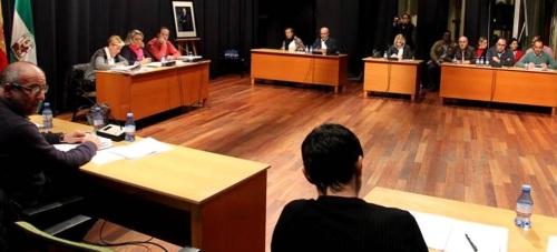 El Pleno municipal de Almuñécar aprueba una moción institucional en apoyo a la sexitana Alejandra Pozo Martin