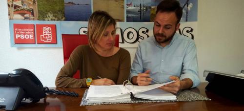 El PSOE sexitano critica la 'desvergüenza' del PP por sus calificativos hacia los planes de empleo de la Junta