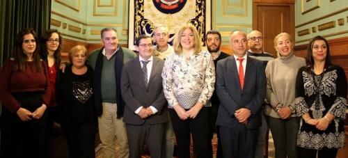 La Diputación de Granada se compromete con el sector pesquero de Motril y anuncia inversiones para mejorar el Parque de Bomberos_