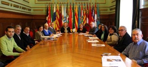 Ayuntamiento y Diputación dan los primeros pasos para implantar en Motril el 'Sistema Arbitral de Consumo'