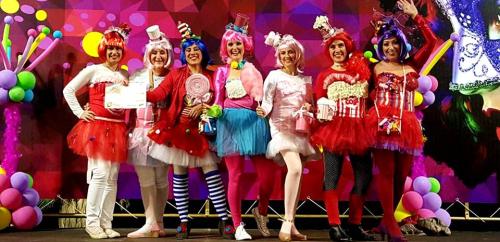 Concurso de disfraces 'Gran Fiesta del Carnaval' Almuñécar 2016. 1er premio. 'Las perri kettys'