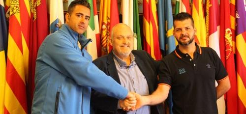 El área de Deportes firma un acuerdo de colaboración con la 'Asociación Run & Run Motril'