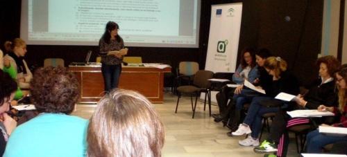 El CADE impartirá el curso gratuito 'Comunicacion eficaz: atención al cliente'