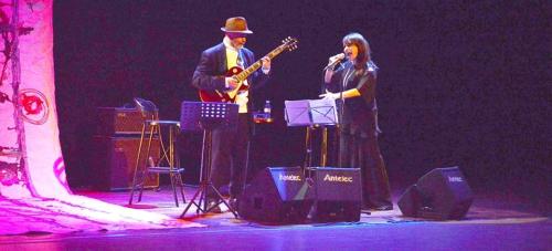 El Dúo Son de Jazz dio anoche un concierto del agrado del público