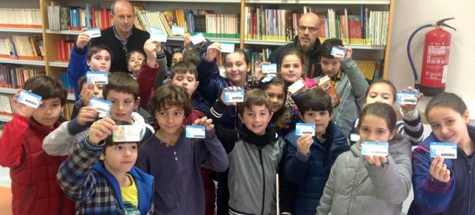 La biblioteca municipal sigue incrementando los lectores y su fondo bibliográfico