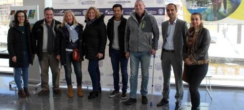 Miguel Ángel López, campeón del Mundo de 20 kilómetros marcha, recibe el reconocimiento del Ayuntamiento de Motril