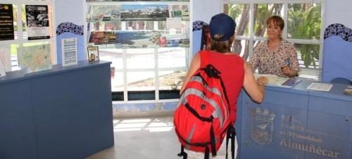 Oficina de Información Turística en el Paseo del Altillo de Almuñécar