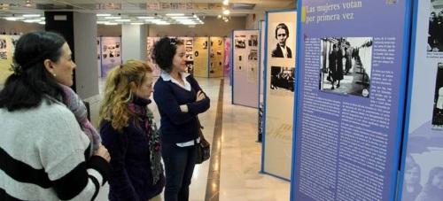 """Hasta el 17 de marzo Almuñécar acoge la exposición """"El Voto Femenino en España"""""""