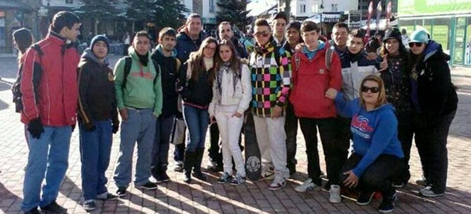 El Área de Juventud de Almuñécar llevará a jóvenes sexitanos a esquiar un fin de semana a Sierra Nevada.png
