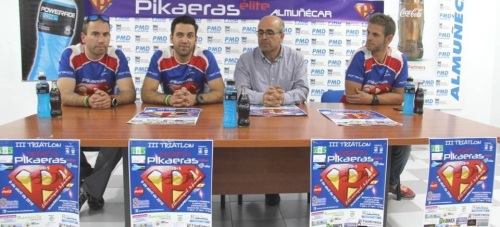La prueba de triatlón Desafío Pikaeras de Almuñécar se ha consolidado como cita obligatoria