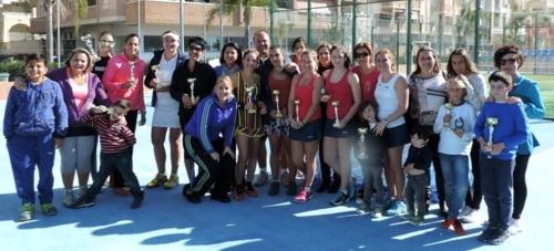 Molino y Cervilla ganan el IV Torneo de Pádel Femenino 'Día de la Mujer Almuñécar 2016'
