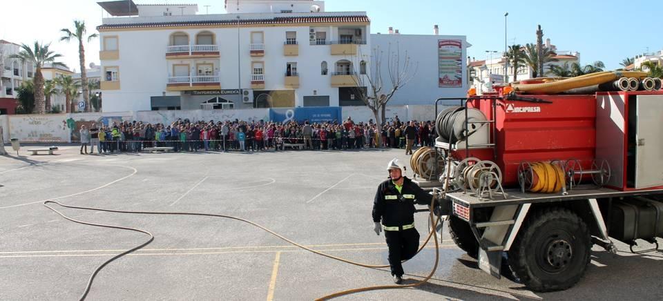 Salobreña pone a prueba los medios municipales ante una emergencia