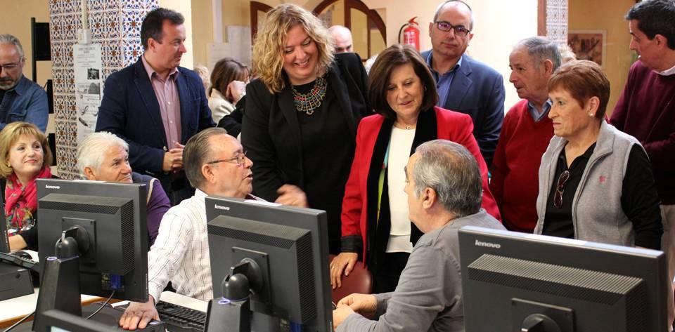 Sánchez Rubio resalta la labor de los 34.000 voluntarios de Cruz Roja Andalucía con las personas más necesitadas