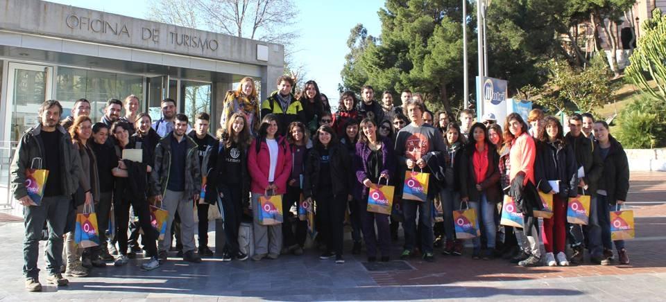 Alumnos de Biología de la Universidad Autónoma de Madrid se interesan por los proyectos e iniciativas del sector pesquero motrileño