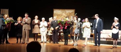 Conchi García (AECC) agradece se done lo recaudado por la obra de teatro 'Las mujeres los prefieren pachuchos', de 7D7 Teatro