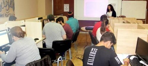 El Ayuntamiento de Almuñécar oferta 10 cursos de formación online