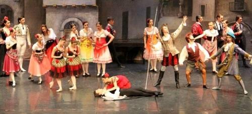 El Ballet de Moscú rindió homenaje a Cervantes representando 'Don Quijote'