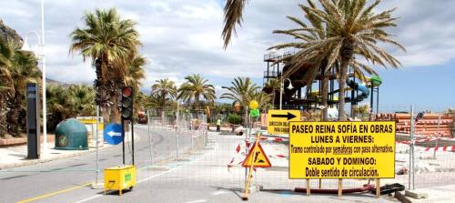 El Paseo Reina Sofía regulado por semáforos por las obras que se están ejecutando