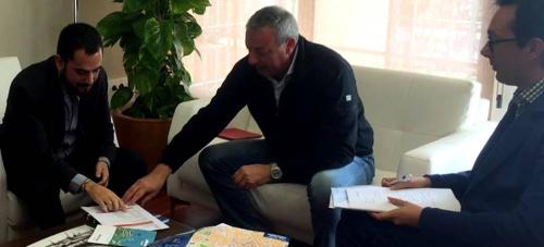 Puerto y Alpujarra acuerdan acciones para fomentar el turismo de cruceros