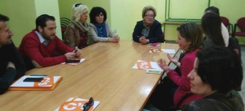 Reunión de Ciudadanos Motril con la asociación de vecinos de Calle Ancha