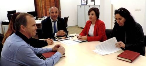 Reunión de la delegada del gobierno de la Junta, Sandra García, con el presidente de Mancomunidad, Sergio García