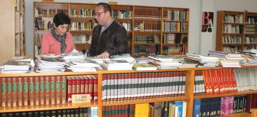 Salobreña celebra el Día del Libro con homenajes a diversos escritores