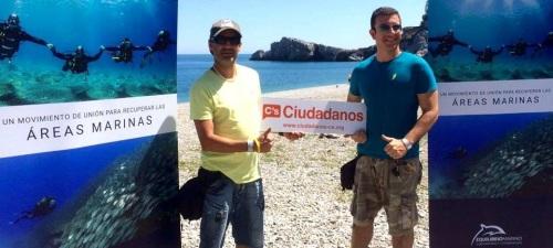Ciudadanos colabora en la limpieza del fondo marino